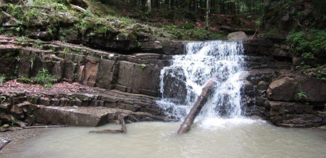 Манявський водоспад (Горгани)
